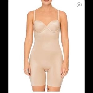 Spanx Suit Your Fancy Strapless Cupped Mid-Thigh